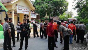 Polisi Terus Memburu Pelaku Bom Pasuruan