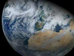 Asteroid Diprediksi Tabrak Bumi, Penduduk Dunia Mengungsi ke Asia