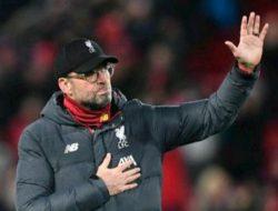 Klopp Marah Setelah Liverpool Diberi Kaus Liga Champions oleh Leeds