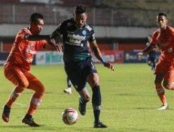 Duo Persija dan Persib Bersaing Ketat Berebut Sepatu Emas Piala Menpora 2021