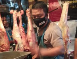 Jelang Lebaran, Harga Daging Sapi di Pasar Pangandaran Tembus Rp 150 Ribu